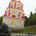 gigantic cake representing sprint backlogs that are too large